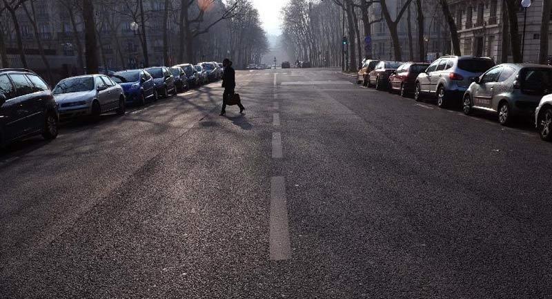 3月以来,法国巴黎及其周边地区一直无风少雨,pm2.
