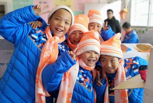 温暖春节前在江西发放完成预计包5140个小学生精神法治图片